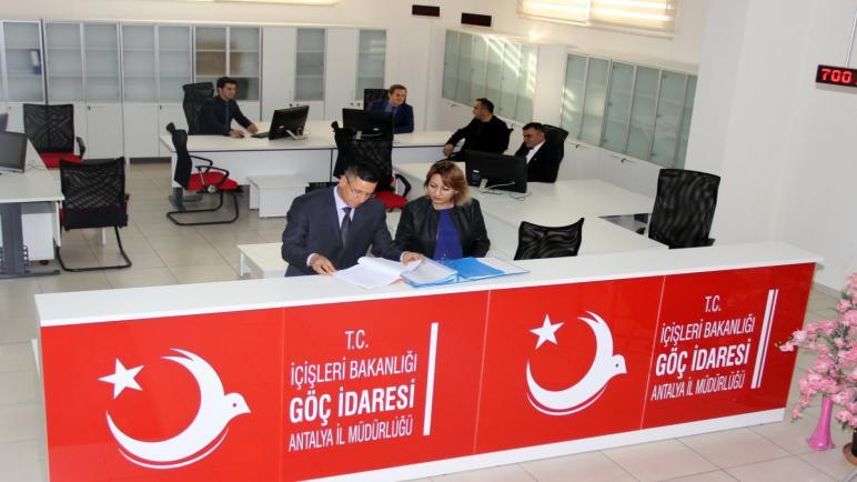 الائتلاف| يلتقي إدارة الهجرة التركية لحل مشاكل السوريين.. تابع التفاصيل