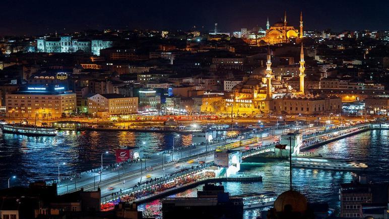 الداخلية التركية : توقف إصدار الهويات لسوريين في اسطنبول لكن ..؟