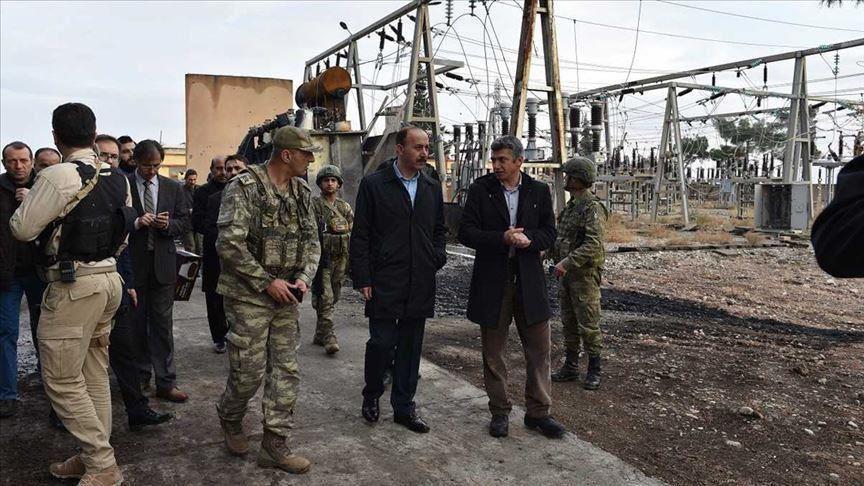 تركيا بدأت بتزويد تل الأبيض ورأس العين بالكهرباء وتمتد حتى