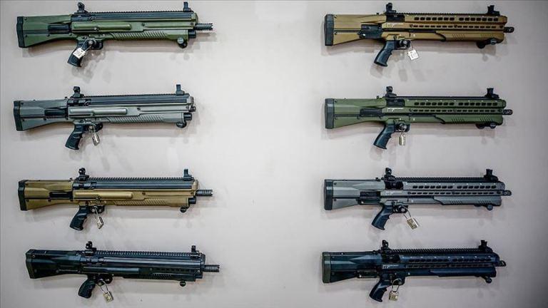 شاهد بالصور | أسلحة تركية تستخدم في هوليوود وشركات افلام عالمية
