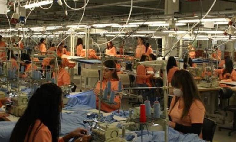 عاجل| تمديد قرار حظر تسريح العمال في تركيا