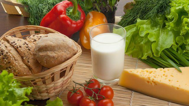 أطعمة تمنع خسارة الوزن قد لا تتخيلها
