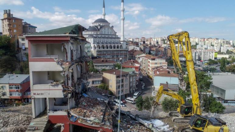 اسطنبول : سيتم نقل 1.5 مليون شخص إلى مباني مقاومة للزلازل