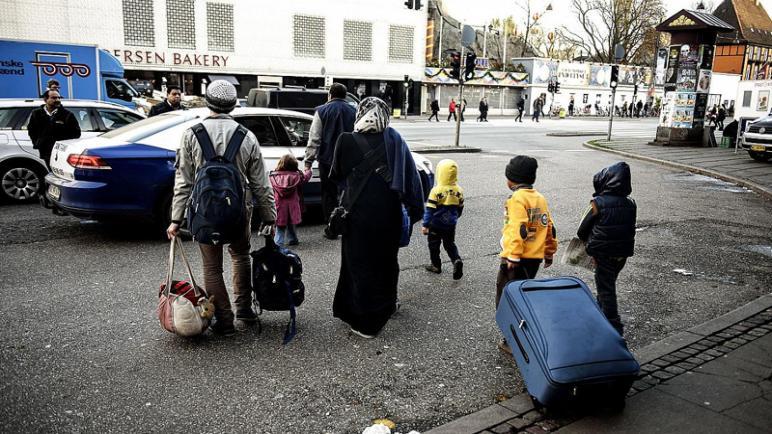 الدنمارك ترحل السوريين الى سوريا بدعوى أنها باتت آمنة