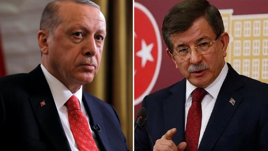 هام: داود اوغلو يحذر من محاولات للإطاحة بالرئيس رجب طيب أردوغان