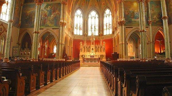 فضيحة تحرش في الكنيسة الكاثوليكية