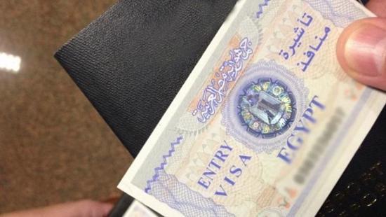 سبب إيقاف السلطات المصرية إصدار تأشيرة الدخول للسوريين .. التفاصيل